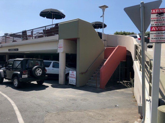 Turo LAX valet lot entrance